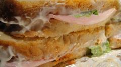 El mejor sandwich del mundo, probablemente (el del Bar EME, en Bilbao)